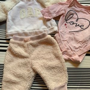 Other - Lot 0-3 months baby gap